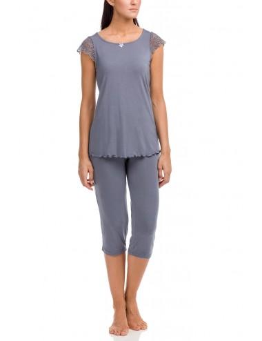 Γυναικεία πυτζάμα πολυτελείας με κάπρι παντελόνι Vamp 12158